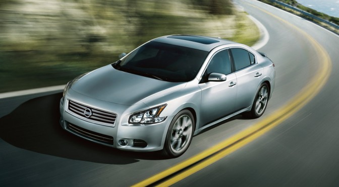 Next generation Maxima? New sport sedan using GT-R components? 新型マキシマなのか、GT-R譲りの新型スポーツセダンなのか?