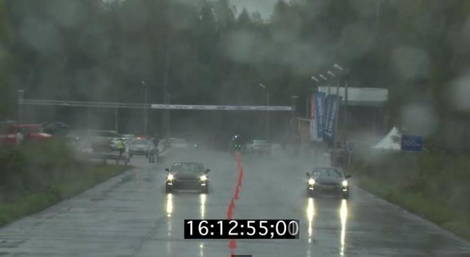 Heavy rain and drag race don't mix well… 大雨とドラッグレースは相性が悪い・・・
